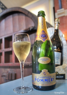 CHAMPAGNE POMMERY (25)